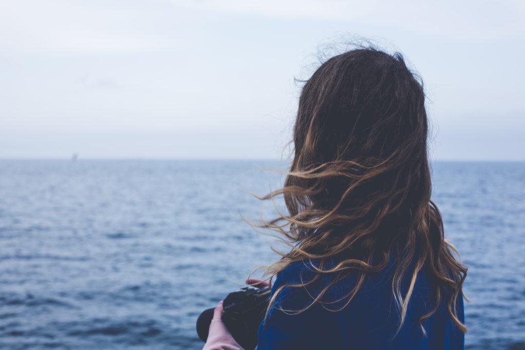 Aprende a observar a tu entorno como si miraras por primera vez el mar.
